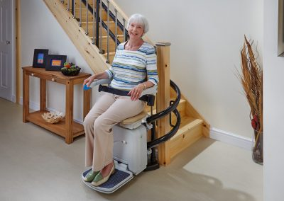 Handicare 2000 Simplicity Curved Stairlift